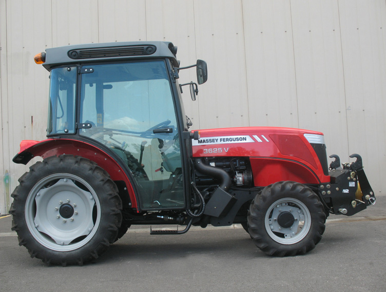 Massey Ferguson 3625GE tractor / MX FR Fruit loader