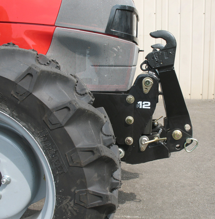 McCormick F100XL Tier 3 tractor / MX R12 front linkage