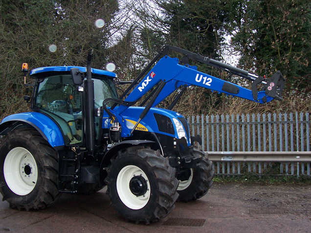 Tracteur New Holland T6080 / Chargeur MX UTILITY U12